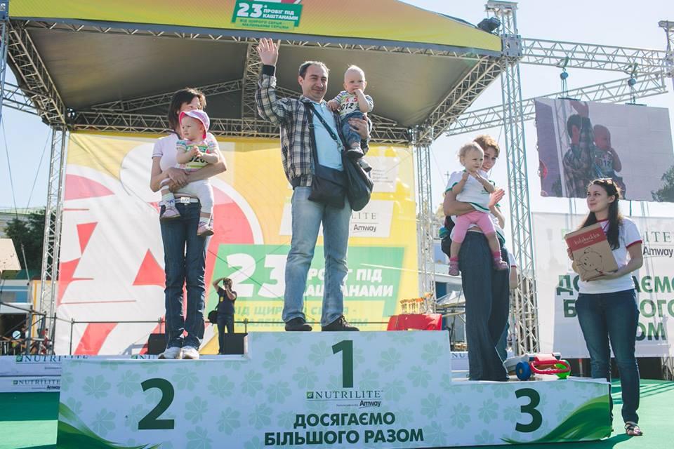 Евгений Муджири: буду воспитывать сына в лучших традициях здорового альтруизма - photo