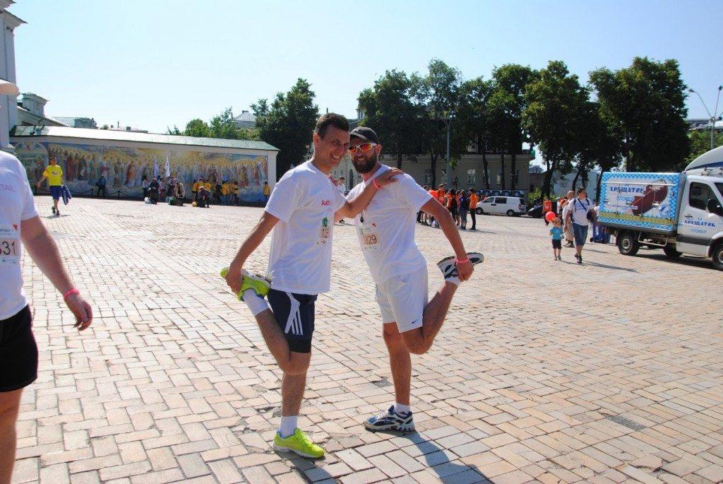 "Пятый раз подряд сотрудники Ашан Ритейл Украина выйдут на старт ""Пробега под каштанами"" - photo"