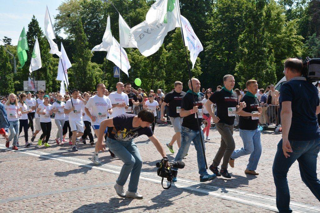 Врятовані від ампутацій та інвалідності бійці АТО візьмуть участь у «Пробігу під каштанами» - photo