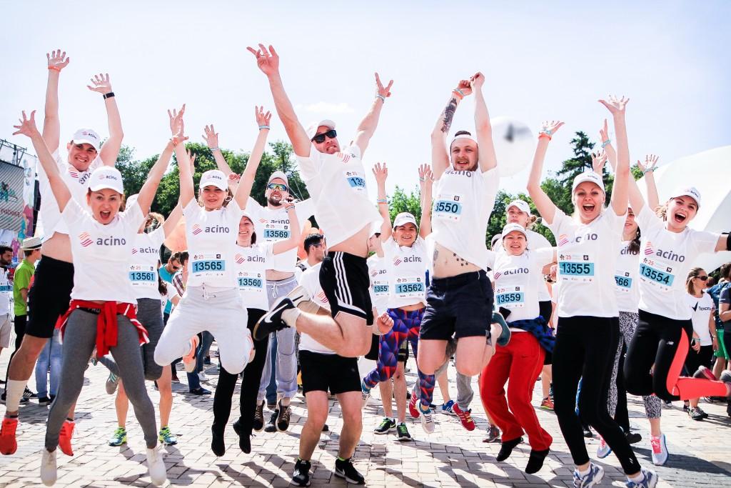 Команда «Фарма Старт», впервые приняла участие в масштабной спортивно-благотворительной акции «Пробег под каштанами» - photo